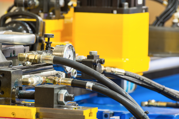Simple Ways to Reduce Your Chances of a Hydraulic Hose Leak
